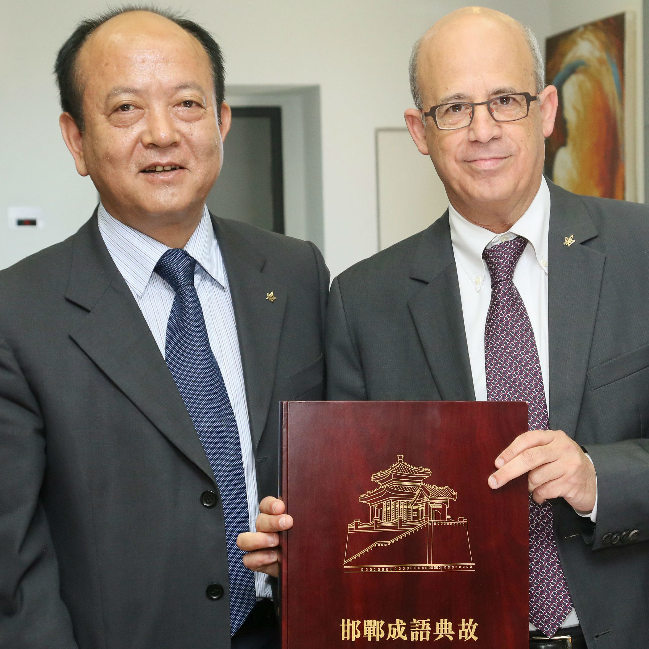 High-level Chinese delegation visits TAU Campus