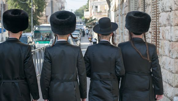 Facebook And WhatsApp Are Changing The Sexual Abuse Attitude In Israel's Hasidic Community