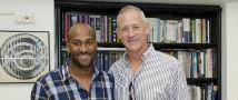 Former IDF Chief of Staff Presents Scholarship to Ethiopian Student