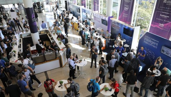 A crowd gathers at AI Week in 2020