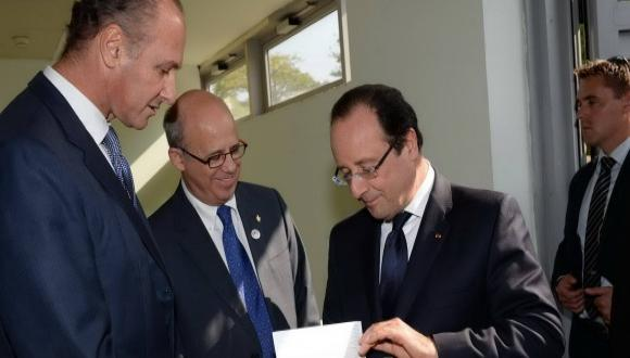French President Hollande Visits Tel Aviv University