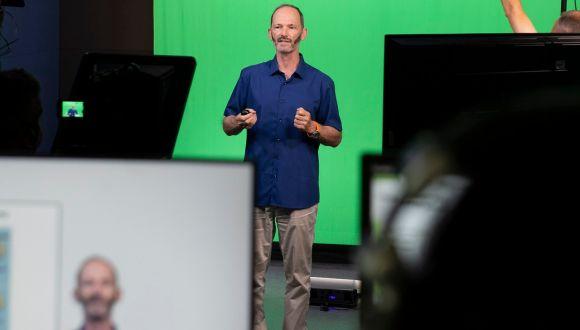 TAU Life Sciences Prof. Nir Ohad films a remote lecture at the TAU Online studio. Photo: Yoram Reshef.