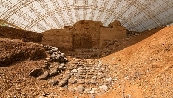 Abraham Gate in Tel Dan Nature Reserve – an ancient gate from the Canaanite period