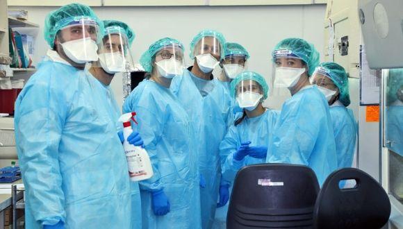 Volunteers at Sheba Medical Center (Photo: Sheba Medical Center)